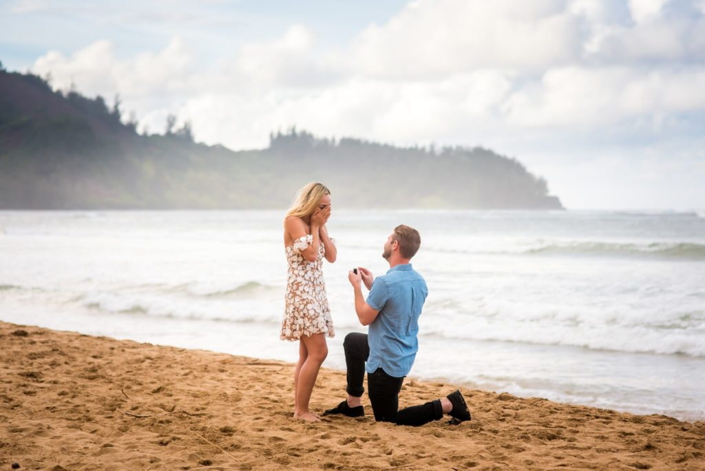 Knee proposal on Kauai.