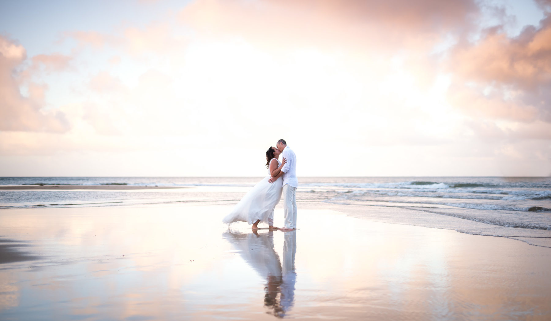 Beach elopement on Kauai